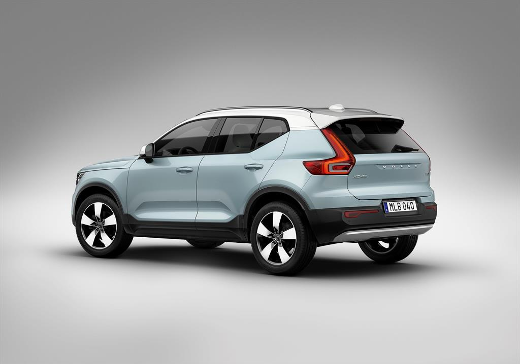 volvo xc40 t5 momentum awd 2018. Black Bedroom Furniture Sets. Home Design Ideas