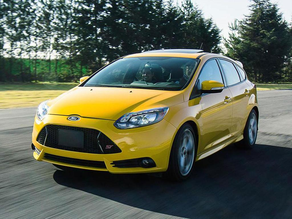 ford focus st 2 0l 2016. Black Bedroom Furniture Sets. Home Design Ideas