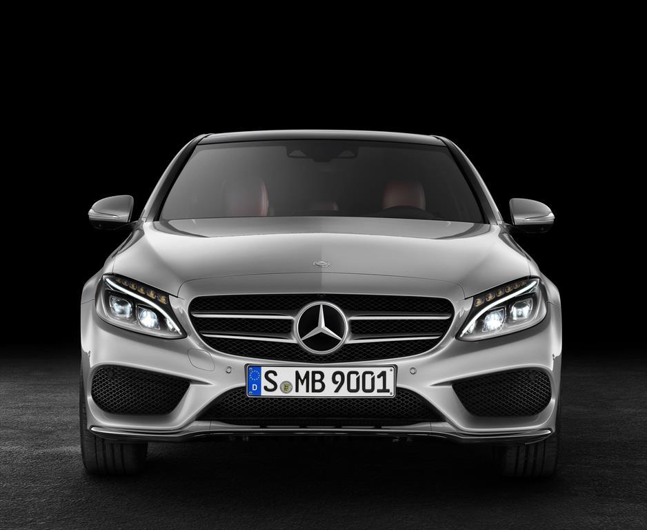Mercedes benz clase c 200 cgi sport aut 2015 for Mercedes benz c class vs e class