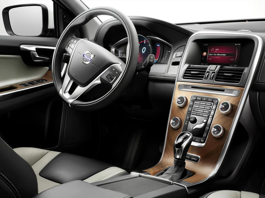 volvo xc60 t5 high 2016. Black Bedroom Furniture Sets. Home Design Ideas