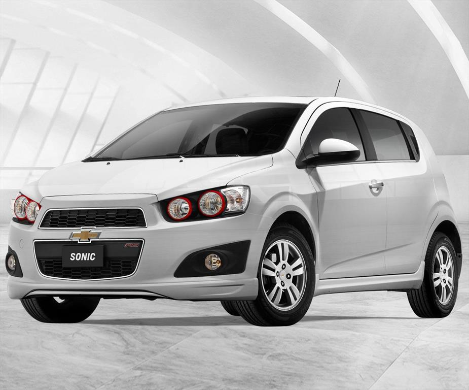 chevrolet sonic hatchback 1 6 rs 2014. Black Bedroom Furniture Sets. Home Design Ideas
