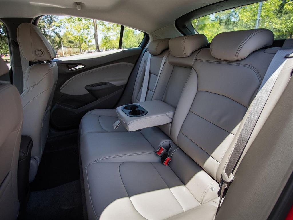 Chevrolet Cruze 5 LT (2018)