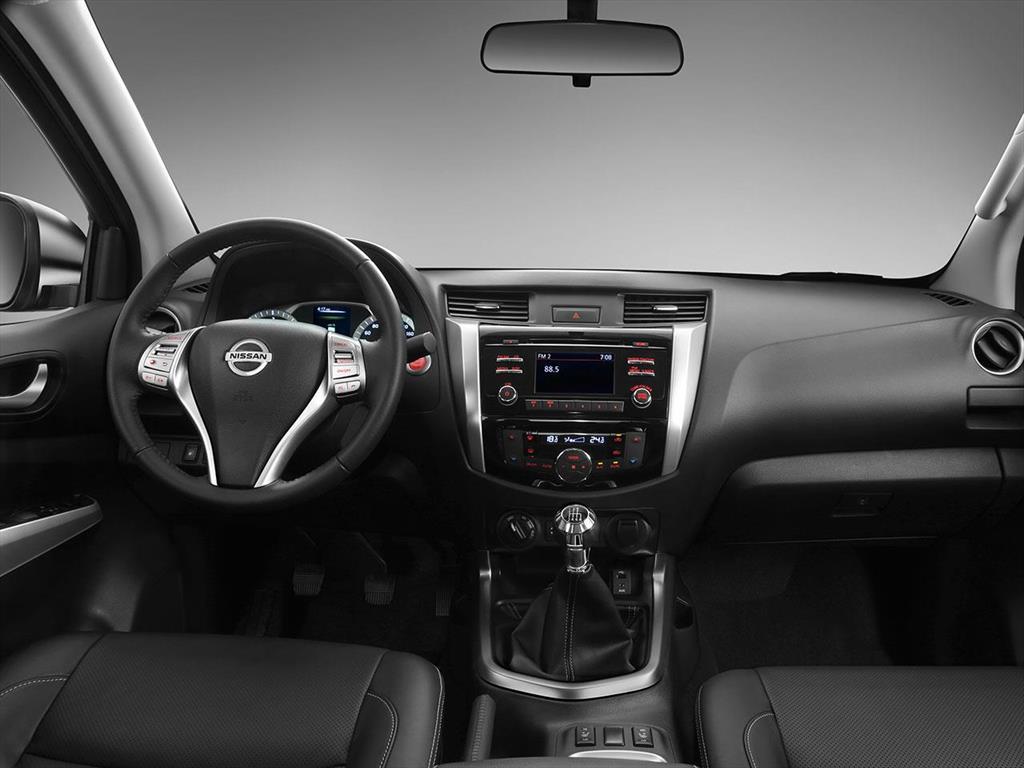 Nissan NP 300 Frontier LE 4x4 Aut (2018)