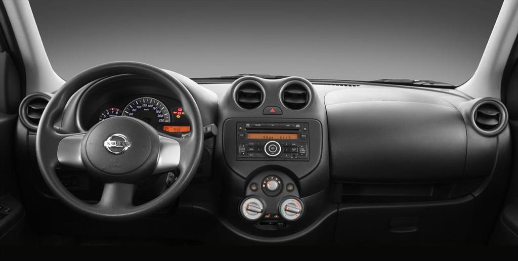 Nissan March Active Advance Aut 2015