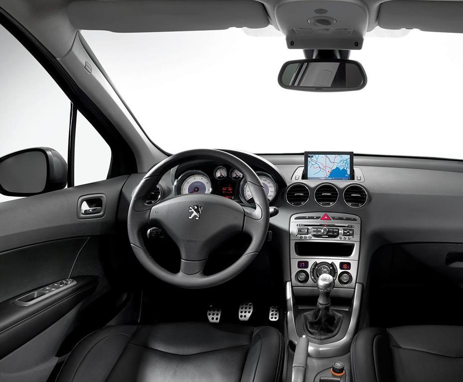 Peugeot 408 Allure 2014/15 (2015)