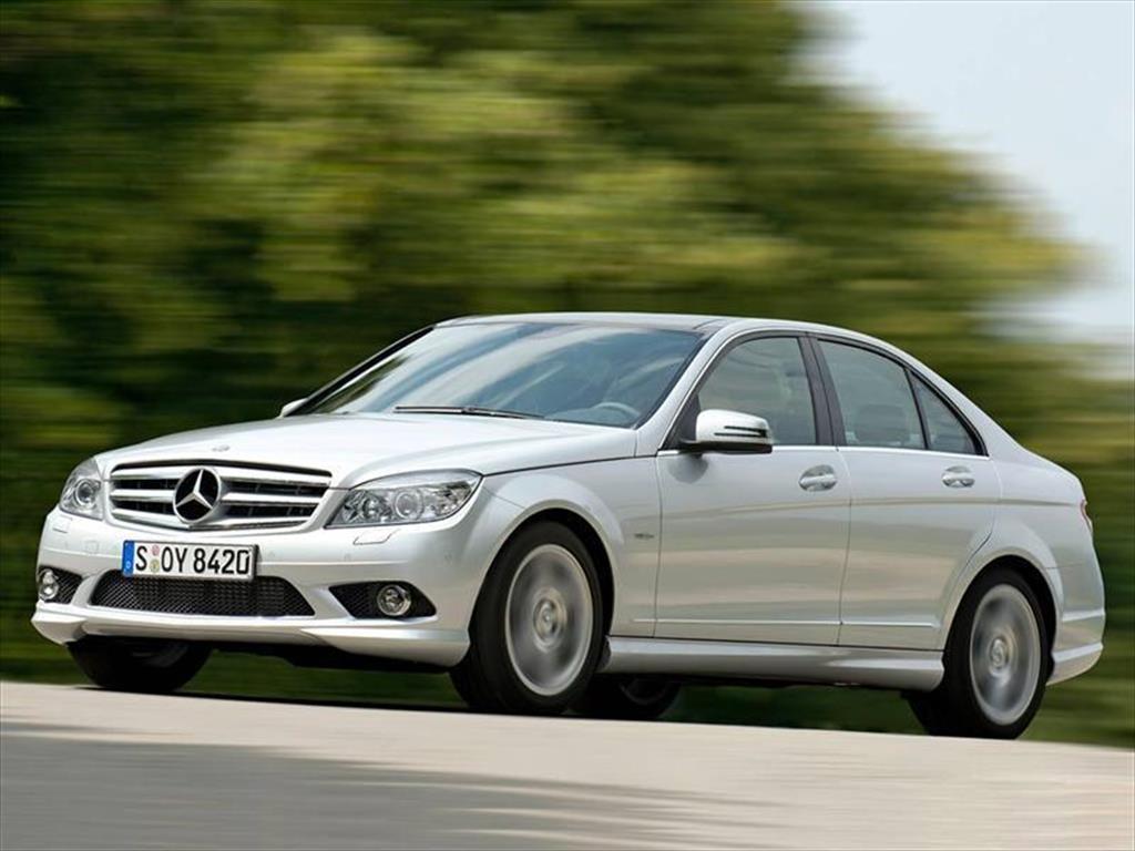 Mercedes benz clase c nuevos precios del cat logo y for Mercedes benz precios
