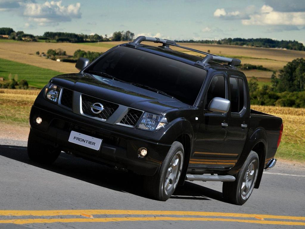 nissan frontier 4x4 2 5 tdi attack aut 2015. Black Bedroom Furniture Sets. Home Design Ideas