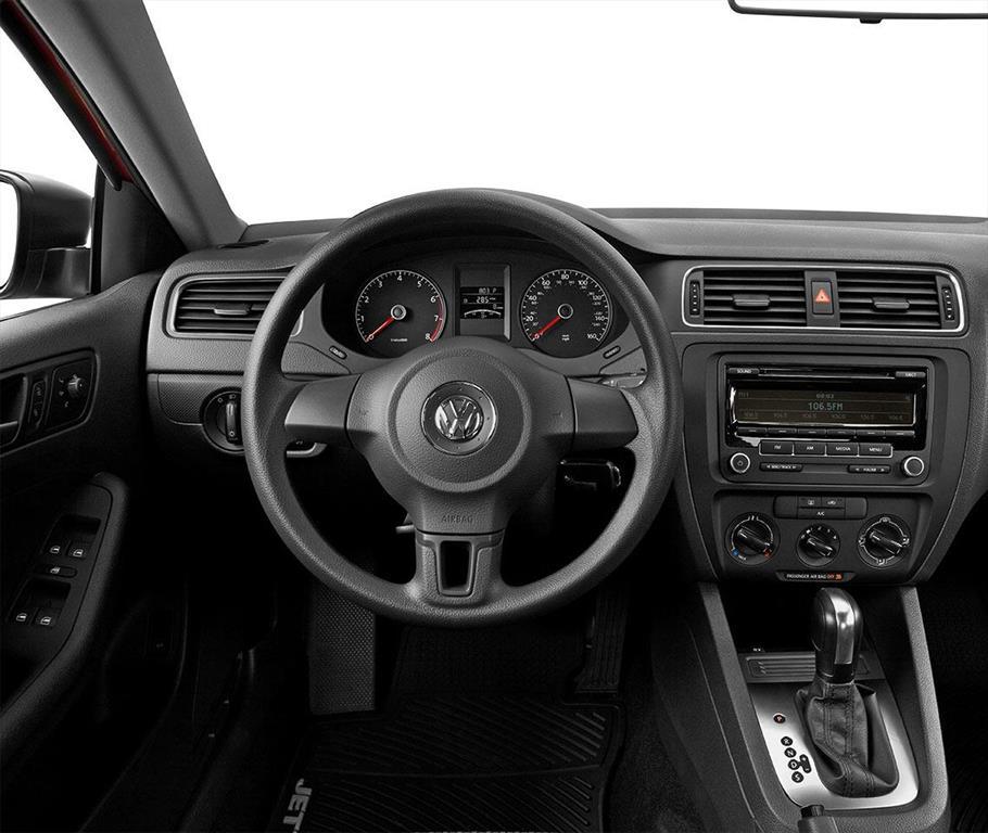 Volkswagen 2015 Jetta: Volkswagen Jetta Comfortline 2.5L Aut F.E. (2015