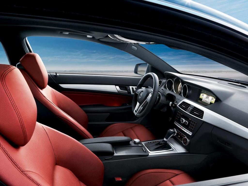 Mercedes benz clase c 180 cgi coup aut 2014 for Interior mercedes clase c