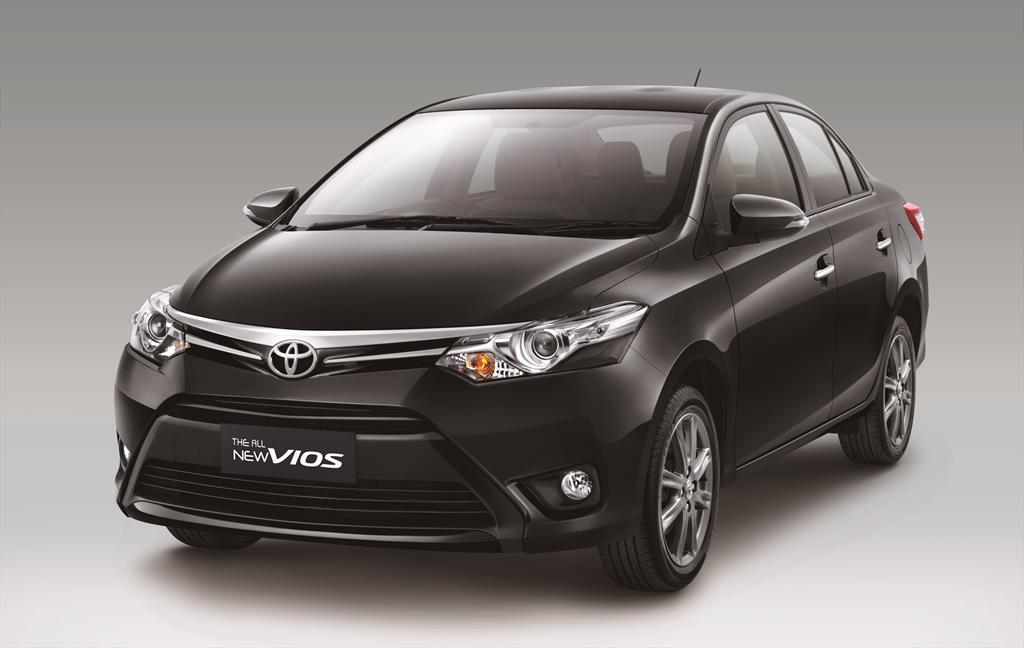 toyota yaris sed n core 2017. Black Bedroom Furniture Sets. Home Design Ideas