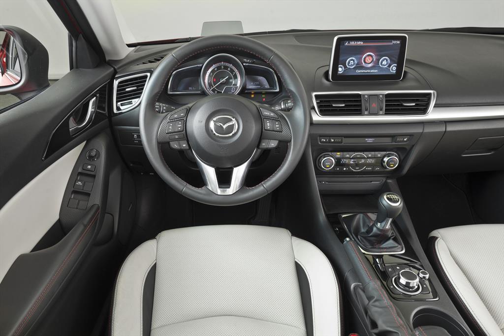 mazda 3 hatchback s grand touring aut 2015. Black Bedroom Furniture Sets. Home Design Ideas