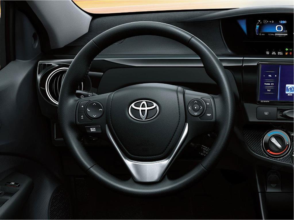 Toyota Etios Sedán XLS (2018)