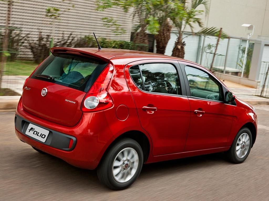 Fiat palio 5p attractive 2015 for Fiat idea attractive 2015 precio