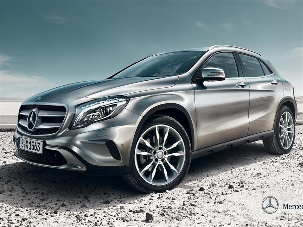Mercedes benz clase gla 200 style 2018 for Mercedes benz styles