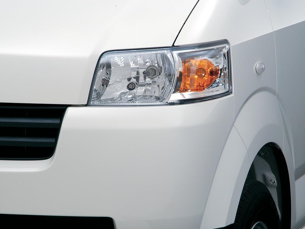 Suzuki Apv Minivan Ac  2016