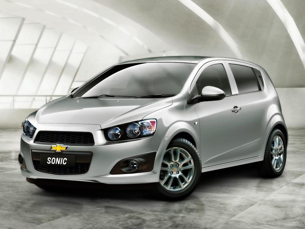 chevrolet sonic hatchback informaci n 2017. Black Bedroom Furniture Sets. Home Design Ideas