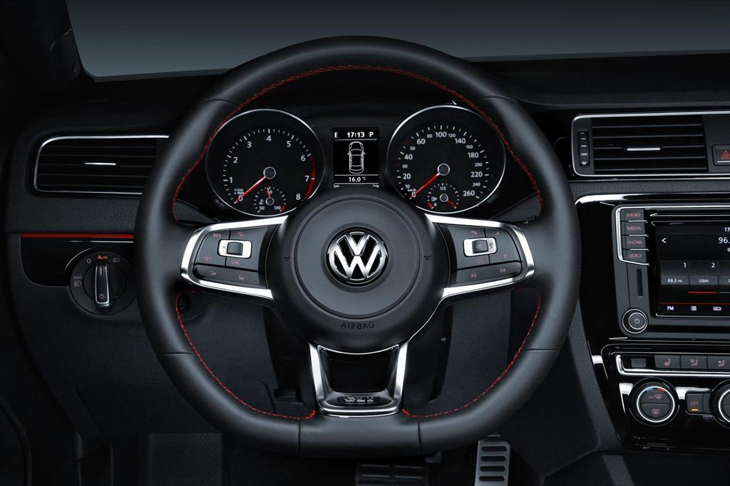 Volkswagen Jetta GLI - Información 2017
